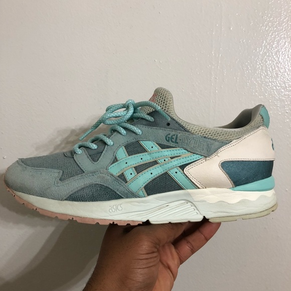 competitive price f2e19 27eba Asics Gel Lyte V Sage/Mint Green Used sz. 10.5